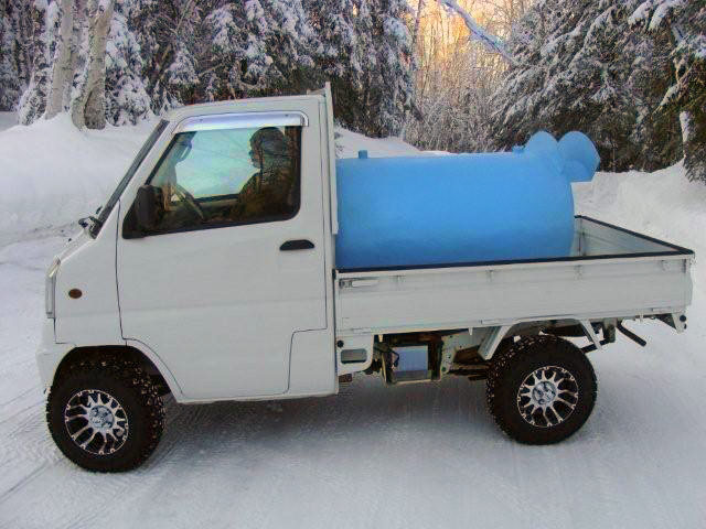 Mitsubishi-water-truck